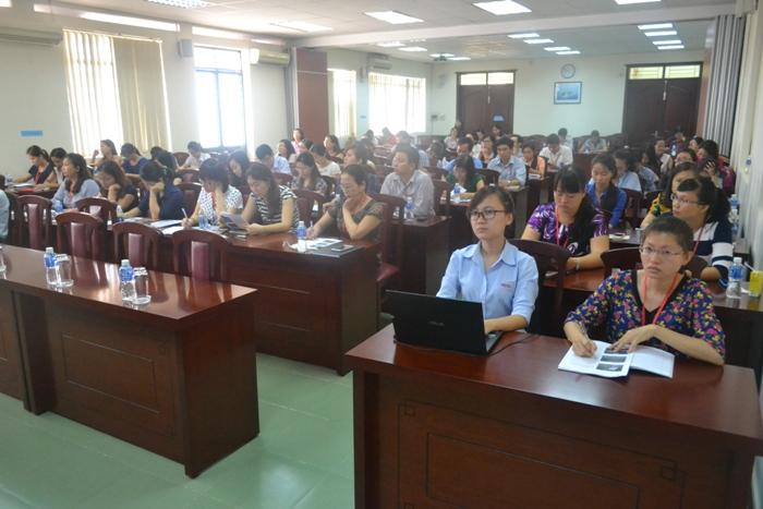 khai giảng lớp bồi dưỡng nghiệp vụ QLNN ngạch chuyên viên