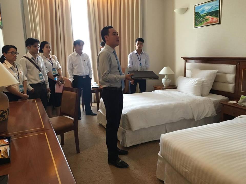 hình ảnh lớp học nghiệp vụ quản trị khách sạn