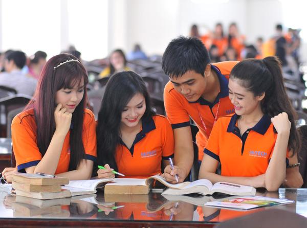 tuyển sinh hệ cao đẳng ngành tiếng anh ở Hà Nội và các tỉnh