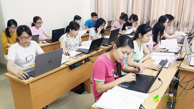 trung tâm đào tạo cấp chứng chỉ nghiệp vụ xuất nhập khẩu chuyên nghiệp