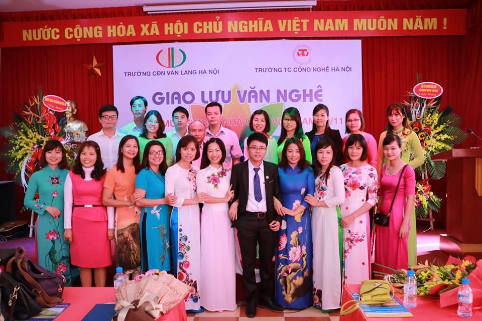 Thầy và trò trường trung cấp công nghệ Hà Nội