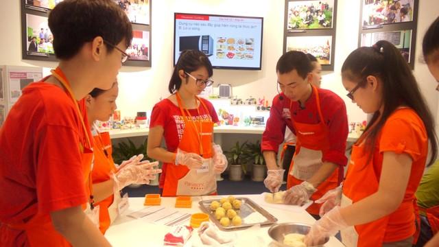 Địa chỉ dạy kỹ thuật làm bánh sinh nhật tại Hà Nội